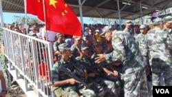 2015年夏季中国军队在俄罗斯南部参加军事比赛活动。
