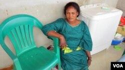 Alice João Bengui, secretária da UNITA no Belo Monte, comuna do Kikolo, município do Cacuaco (VOA / Coque Mukuta)