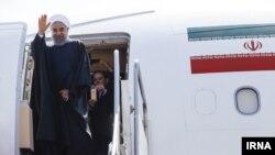 حسن روحانی رئیس جمهوری ایران در این روزها مانند رقبا به سفرهای استانی می رود.