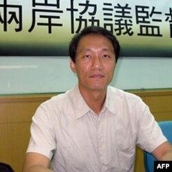 台湾劳工与社会政策研究会执行长 张烽益