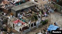 Badai Matthew merusak rumah-rumah warga di Jeremie, Haiti (6/10).