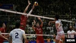 Volleyball , Iran VS Russia in nationals league , مسابقه والیبال تیم های ملی ایران و روسیه در لیگ ملتها در ارومیه