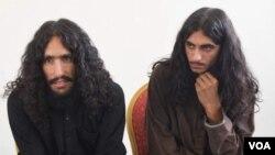 صدیق الله و سجادالله دو جنگجوی پاکستانی داعش که در ننگرهار به دولت افغانستان تسلیم شدند