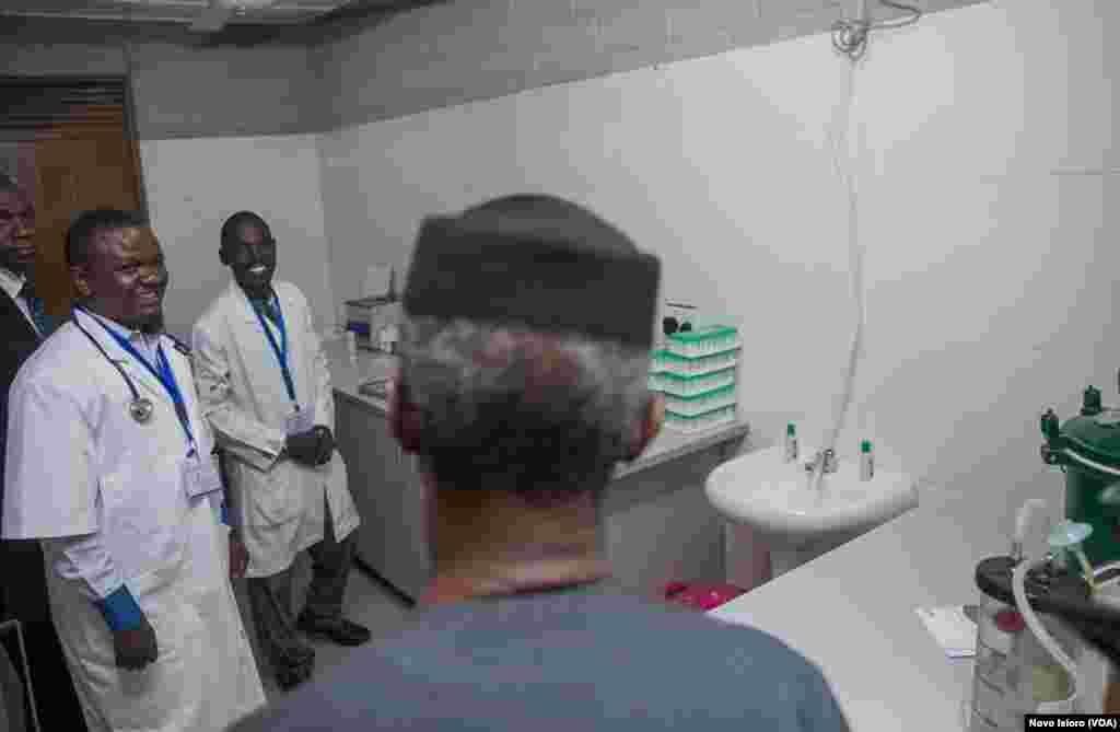 Yemi Osibanjo Ya Ziyarci Sabuwar Makarantar Kwana Da Aka Ginawa Marayu A Borno
