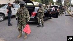 """De ser cierto, la detención de Héctor Beltrán Leyva se produce pocos meses después de la captura de Joaquín """"El Chapo"""" Guzmán, el jefe del cártel de Sinaloa."""