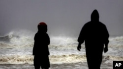 Cyclone Phailin Bears Down on India