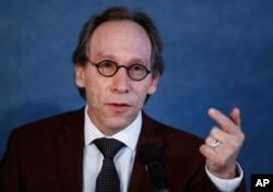 Lawrence Krauss, miembro del Boletín de Científicos Atómicos.