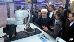 ایراني چارواکي تل پدې ټینګار کوي چې اتومي پروګرام یې د سوله ایزو مقاصدو لپاره دی.
