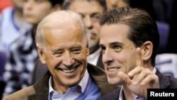 Ông Hunter Biden và cha.