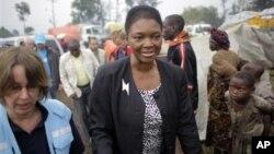 Մարդասիրական հարցերով ՄԱԿ-ի հանձնակատար Վալերի Ամոսը՝ Կոնգո կատարված իր այցի ընթացքում (արխիվային լուսանկար)