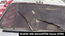 'Yan Boko Haram sun budewa wannan motar haya wuta lokaci da yake tafiya tsakanin Konduga da Bama a makonin baya.
