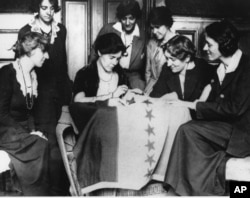 Xotin-qizlar 1920-yillargacha Amerikada ovoz berish huquqiga ega bo'lmagan