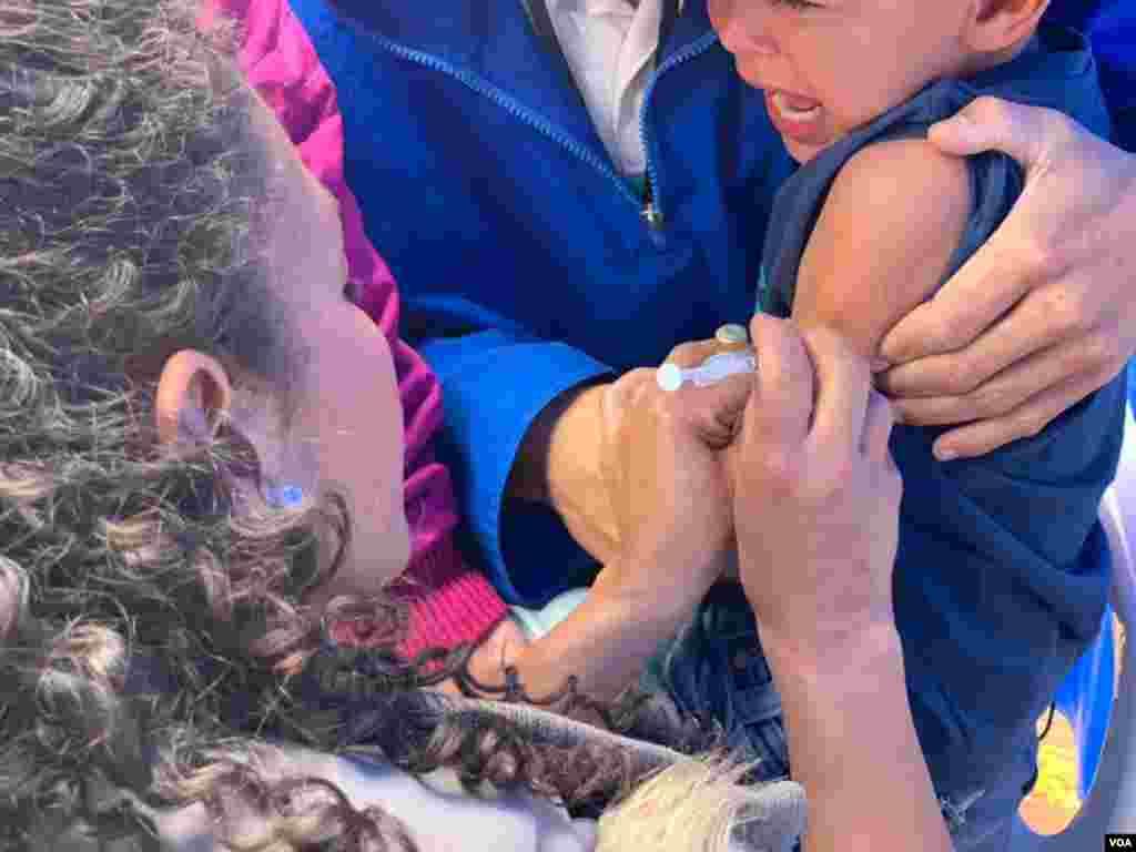 Así mismo, la Secretaría de Salud se unió por primera vez a este tipo de jornada para brindar un espacio de vacunación a la población, en especial, de VPH a menores de 6 años, madres gestantes, adulto mayor; e influenza, a menores de 23 meses y adulto mayor de 60 años.
