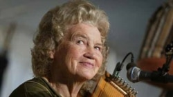 Autoharp player Janette Carter is the daughter of A.P. and Sara Carter.