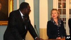 Embaixadora de Angola nos EUA Chamada a Luanda para Consultas