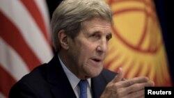 Ông Kerry phát biểu trong một cuộc họp báo hôm 31/10 tại Bishkek, thủ đô Kyrgystan, chặng dừng chân đầu tiên của ông trong chuyến đi thăm 5 nước Trung Á.