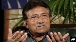 Cựu Tổng thống Pervez Musharraf tại một cuộc họp báo ở Karachi, Pakistan, 31/3/2013.
