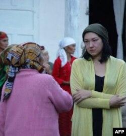 Shirin Aytmatova: mening qo'limdan kelgani – san'at orqali xalqlarni yarashtirish