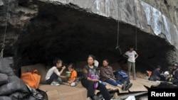 Pojedini stanovnici pokrajine Junan sklonište su potražili u pećinama