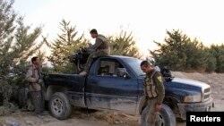 지난 13일 촬영된 시리아 쿠르드족 반군 병사들 모습(자료사진)