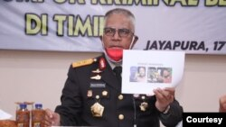 Kapolda Papua, Irjen Pol Paulus Waterpauw, saat memberikan keterangan pers terkait penembakan terhadap pentolan KSB, Senin, 17 Agustus 2020. (Courtesy: Polda Papua)