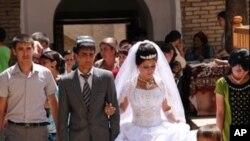 A wedding ການແຕ່ງງານ