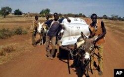 De jeunes paysans burkinabè en forrmation