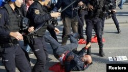 Turkey Protester Police Riot Clash.jpg