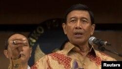Menteri Urusan Politik, Hukum dan Keamanan RI Wiranto di Jakarta, 12 Juli 2017. (Foto: dok).