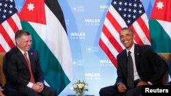 Presiden AS Barack Obama (kanan) dan Raja Yordania Abdullah II saat bertemu dalam KTT NATO di Celtic Manor Resort, Newport, Wales, Inggris, 4 September 2014 (Foto: dok).