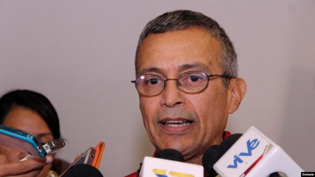 Cựu Bộ trưởng Điện lực của Venezuela, Luis Motta Domínguez.