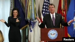 "U.S. Secretary of Defense Ash Carter and Facebook COO Sheryl Sandberg speak following their meeting with a ""Lean In"" group at the Pentagon in Washington, Sept. 21, 2015."