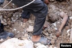 Последствия бомбардировки района Алеппо под контролем оппозиции, 4 октября 2016 года