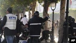 突尼斯早前示威不斷。
