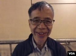 香港基督教中福教会主任牧师邬小鹤 (美国之音记者申华拍摄)