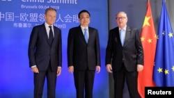 歐盟委員會主席容克和歐洲理事會主席圖斯克在布魯塞爾舉行歐中峰會前歡迎中國總理李克強。(2019年4月9日)