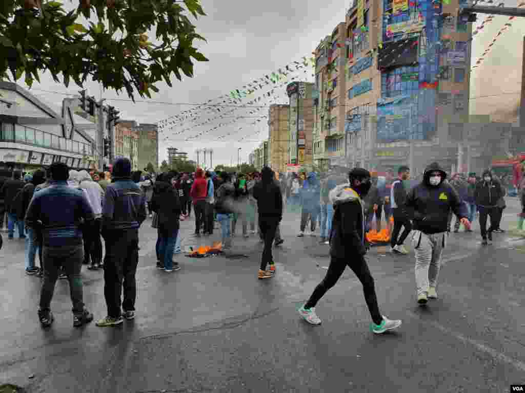 تظاهرات تجمع اعتراض گرانی بنزین