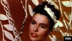 "Lena Horne u filmu iz 1946. ""Till the Clouds Roll By"""