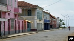 Rua de Moçambique na cidade de São Tomé