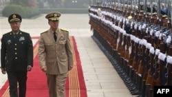 AQSh admirali Mayk Mullen va Xitoy generali Chen Bingde muzokara qilib, davlatlararo aloqani yaxshilamoqchi