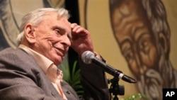 Nhà văn Mỹ Gore Vidal