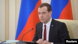 Дмитро Медведєв очолює наради в Сімферополі
