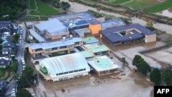 جاپان میں شدید بارش، سیلاب سے تباہی