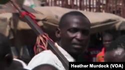 Matasa da mafarauta da sauran jama'ar gari na kara taimakawa wajen tabbatar da tsaro a arewa maso gabashin Nijeriya.