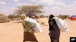 Abapfasoni batwaye imfashanyo y'ibifungurwa y'ishirahamwe HCR mu bumanuko bwa Somaliya