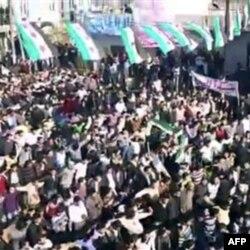Suriyada ulamolar tinchlikka undamoqda