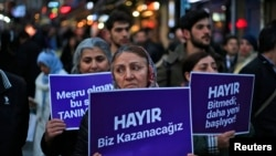 "Supporters of the 'NO' vote, (""Hayir"" in Turkish) participate in a protest against the referendum outcome in Istanbul, April 21, 2017."