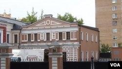 斯大林小儿子瓦西里当年的住宅(美国之音白桦拍摄)