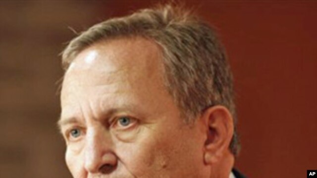 Lawrence Summers, White House chief economic adviser, speaks at the Buttonwood Gathering in New York (FILE).