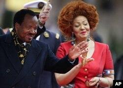 Le président Biya et son épouse, Chantal Biya, au sommet de la francophonie de Montreux en octobre 2010